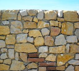 Muro di tufo